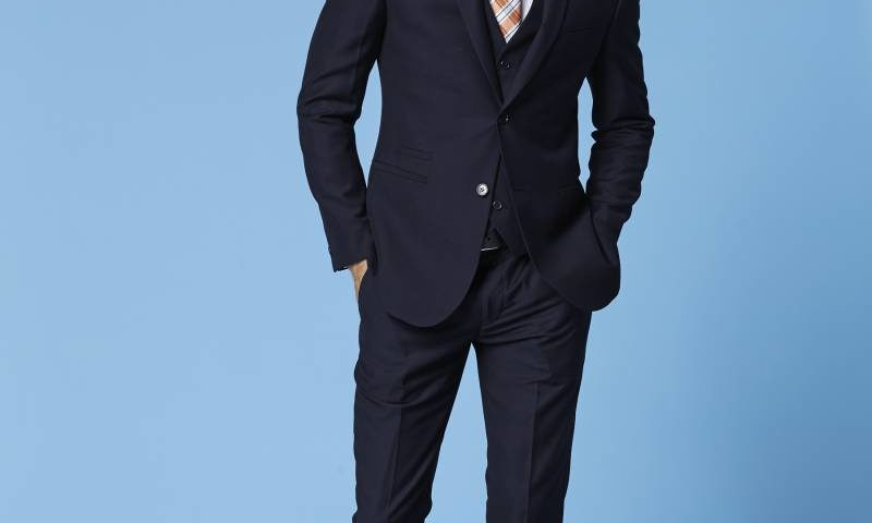 Deniro 92433 Slim fit Black 2 piece Suit $220.00