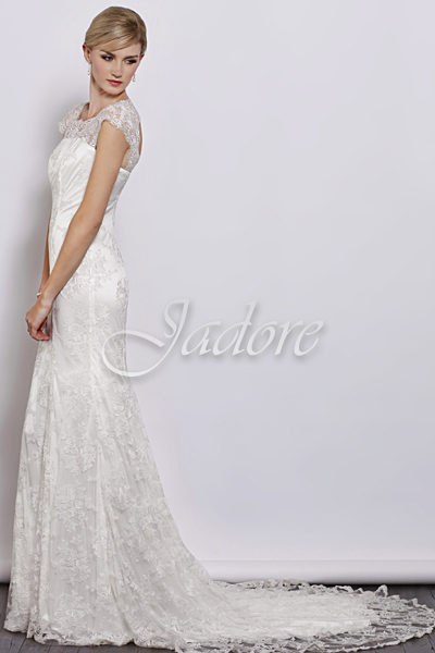 J3034-Ivory Bridal Gown