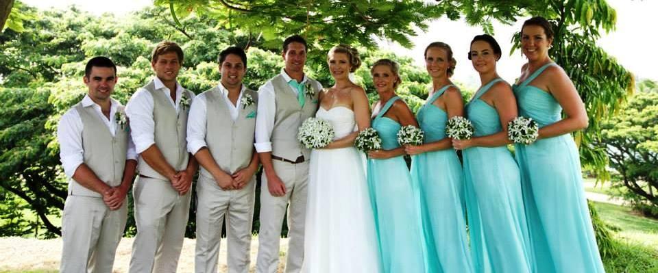 Laura wedding party3
