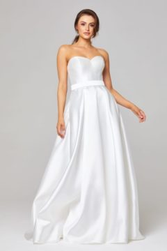 TC303 Tania Olsen Couture Demi Wedding dress / Bridal gown $850