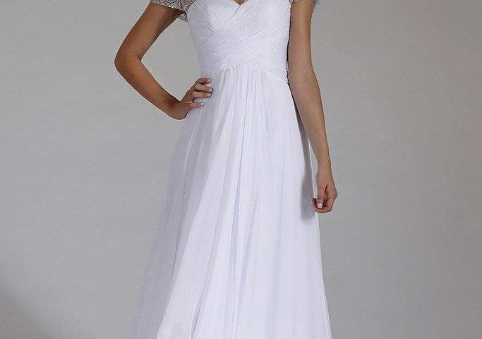 Jadore J3053 Debutante dresses  – White Bridal gowns / wedding dresses size 8 WAS $425 NOW $250