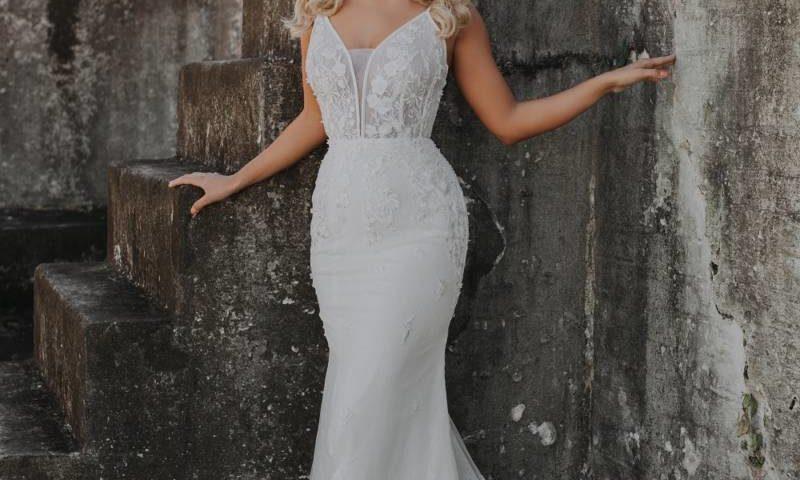 Tania Olsen TC234 Bridal gown / Wedding Dress Vintage white $899